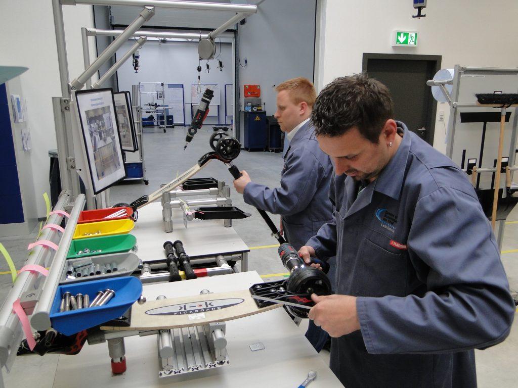 Anwenden von Lean-Methoden und -Werkzeugen in der Lehrfabrik des CETPM